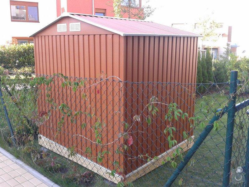 Podlazka a ukotveni pro zahradni domek: Pracovni_088