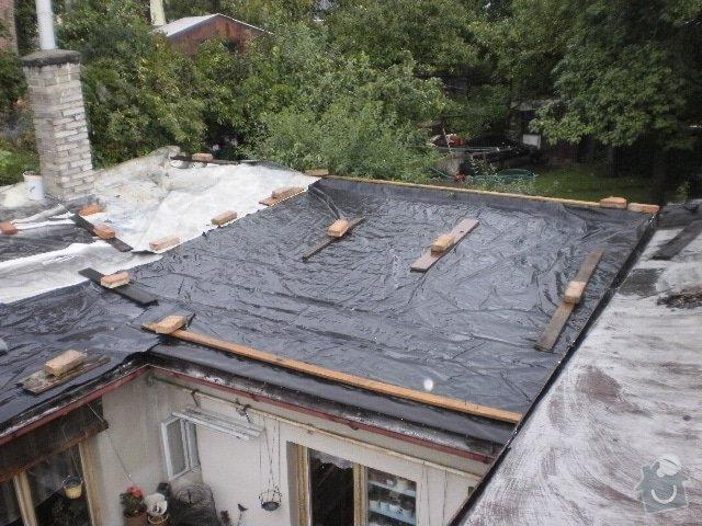 Pokladka krytiny plocha strecha: P9100098