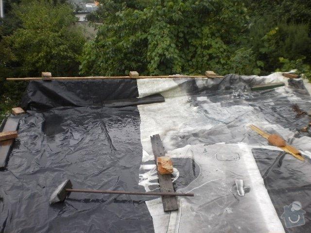 Pokladka krytiny plocha strecha: P9100101