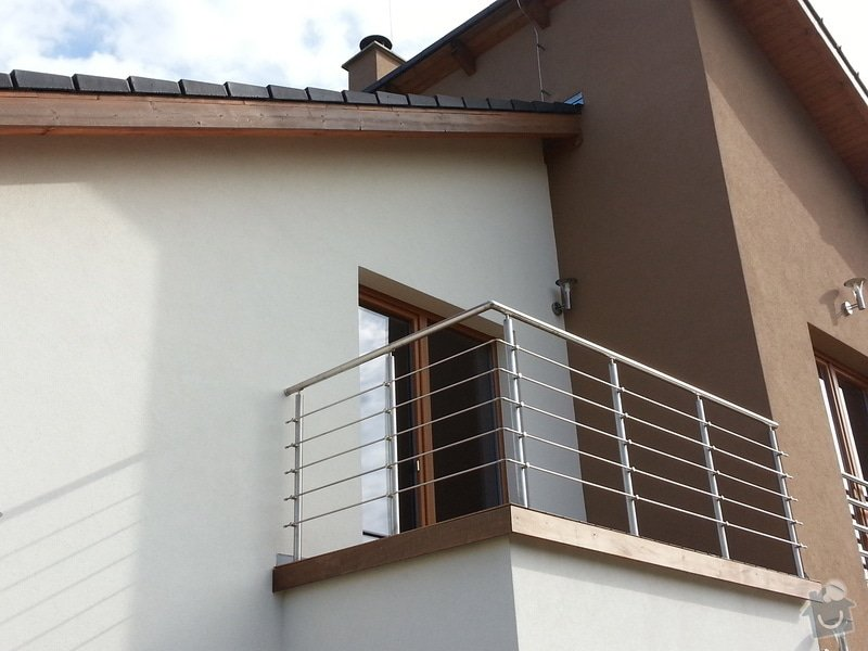 Střížka nad balkonem: 20130911_094910