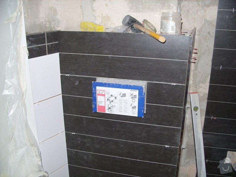 Srovnání podkladu zdí, obložení koupelny, štukové omítky: SS856880