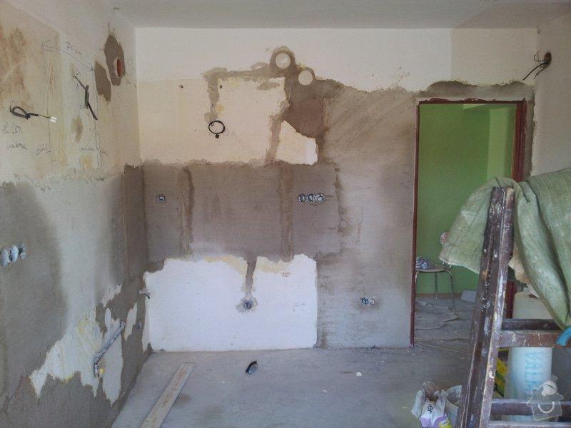 Obložení koupely, WC, prostoru mezi kuchyňskou linkou: 20130816_150458