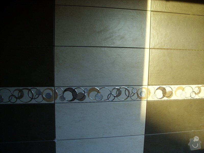 Obložení koupely, WC, prostoru mezi kuchyňskou linkou: SS856826