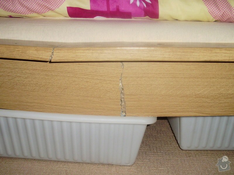 Truhlářské práce (oprava postele): P9080002