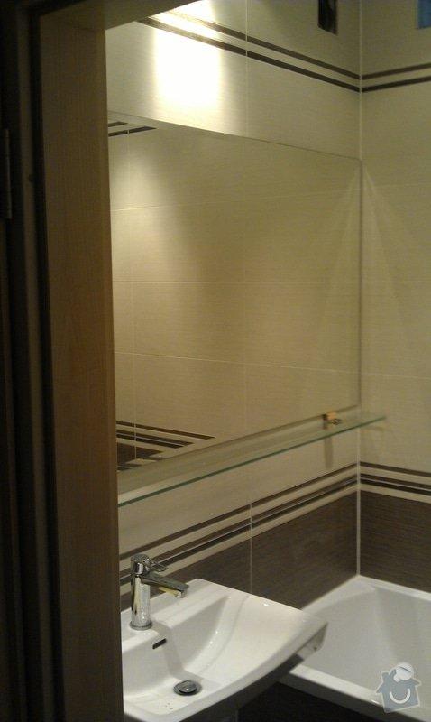 Zrcadlo a polička: IMAG0093