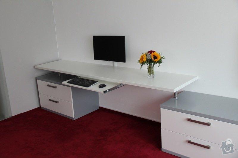 Pracovní stůl: IMG_0910_