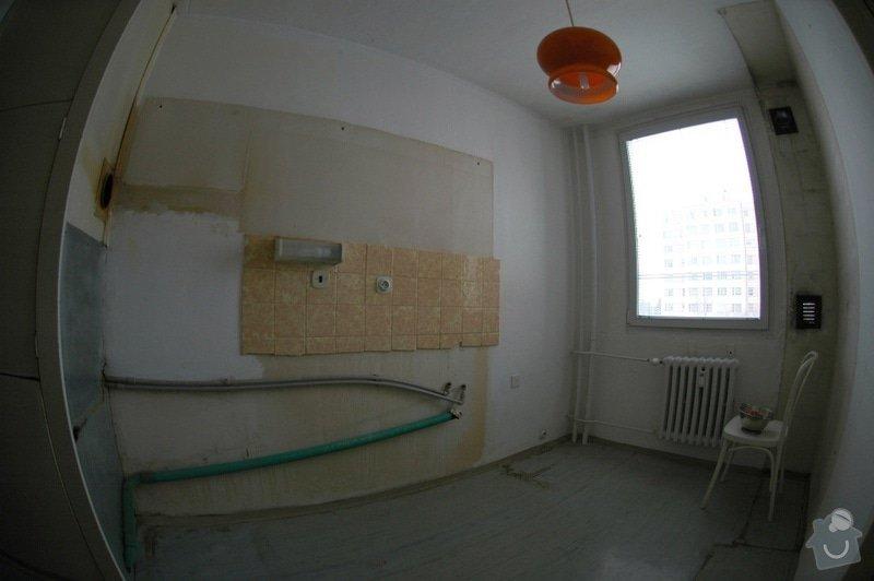 Rekonstrukce kuchyně a chodby (panelový dům, 2005): DSC_6000