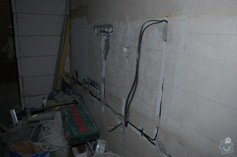 Rekonstrukce kuchyně a chodby (panelový dům, 2005): DSC_6022