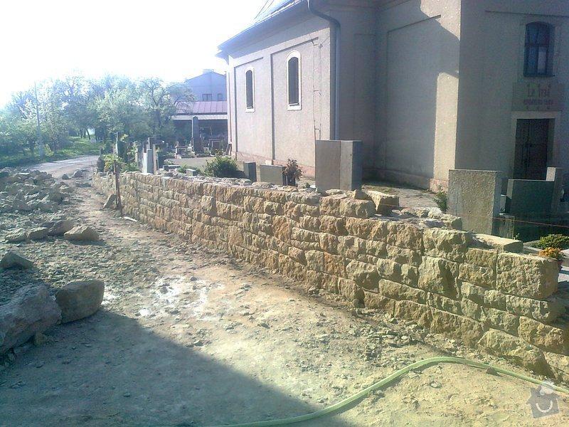 Rekonstrukce hřbitovní zdi: Fotografie3171