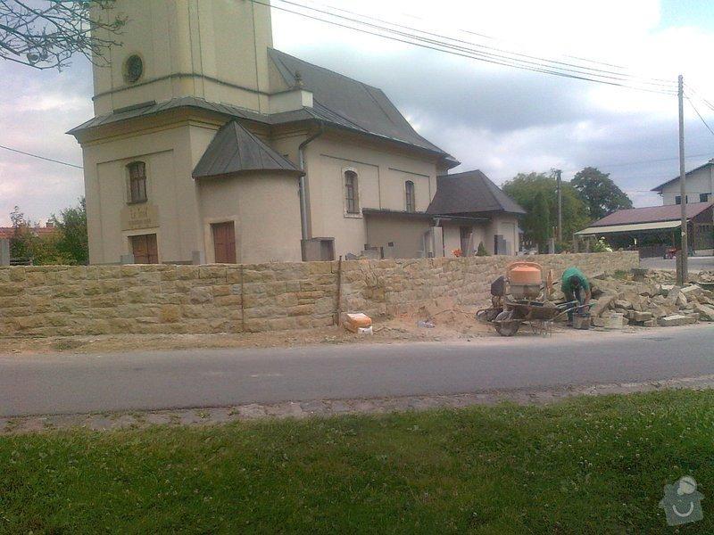 Rekonstrukce hřbitovní zdi: Fotografie3307
