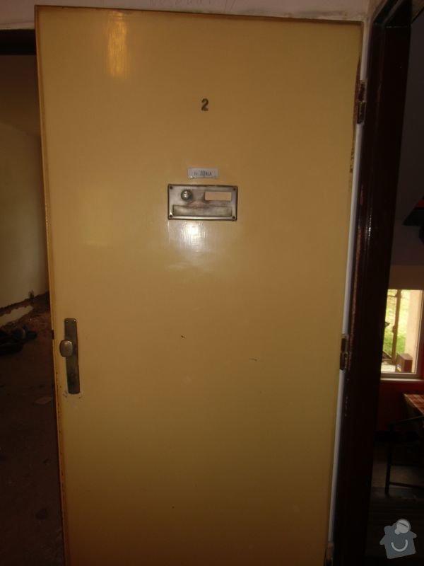 Lakování dveří + futer, lakování oken: dvere_vstupni2