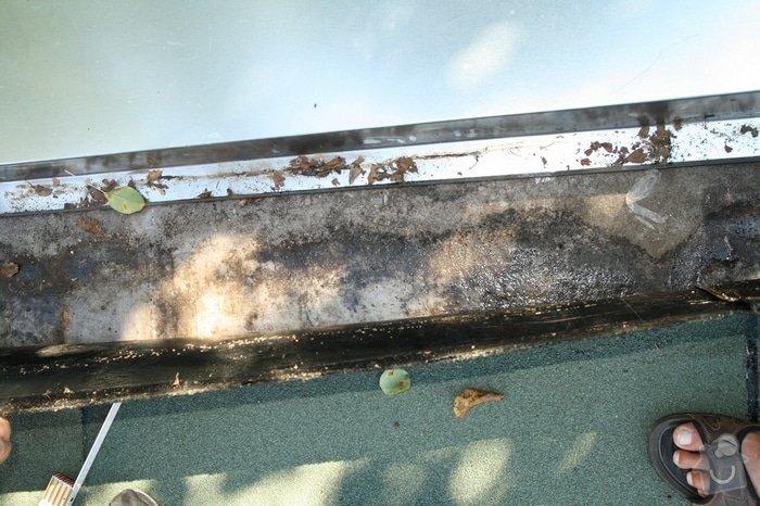 Oprava střechy dvojgaráže cca 48 m2: IMG_9535_zamacena_podkl.vrstva_pod_vrch.pasem_