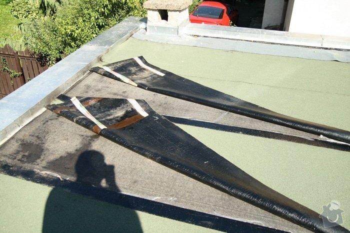Oprava střechy dvojgaráže cca 48 m2: IMG_9542_nanatav._pasy_zvlneny_posled.pas_