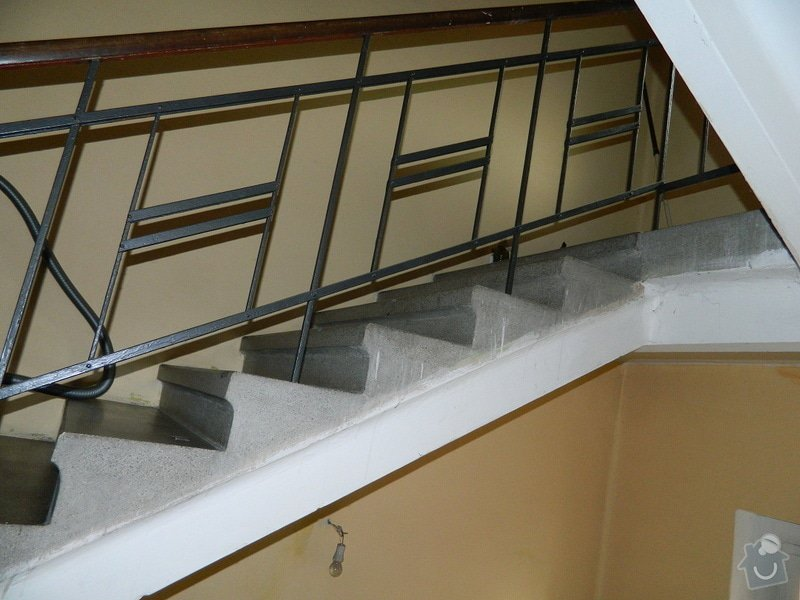 Rekonstrukce schodiště v rodinném domě: DSCN3966
