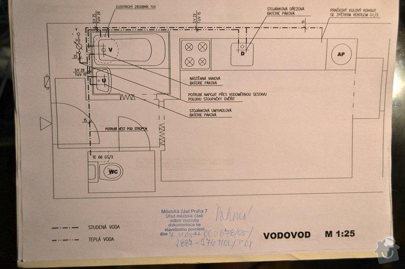Rekonstrukce koupelny, WC a položení keramické dlažby v kuchyni: vodovod_-_soucasny_stav