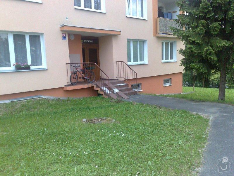 Rekonstrukci vstupního schodiště do panelového domu: 110620131915