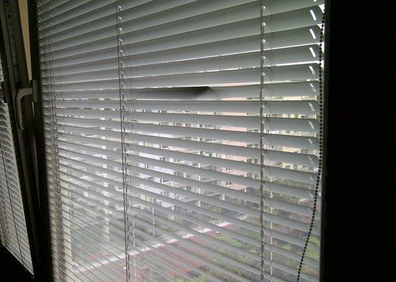 Seřízení plastových oken, oprava žaluzií