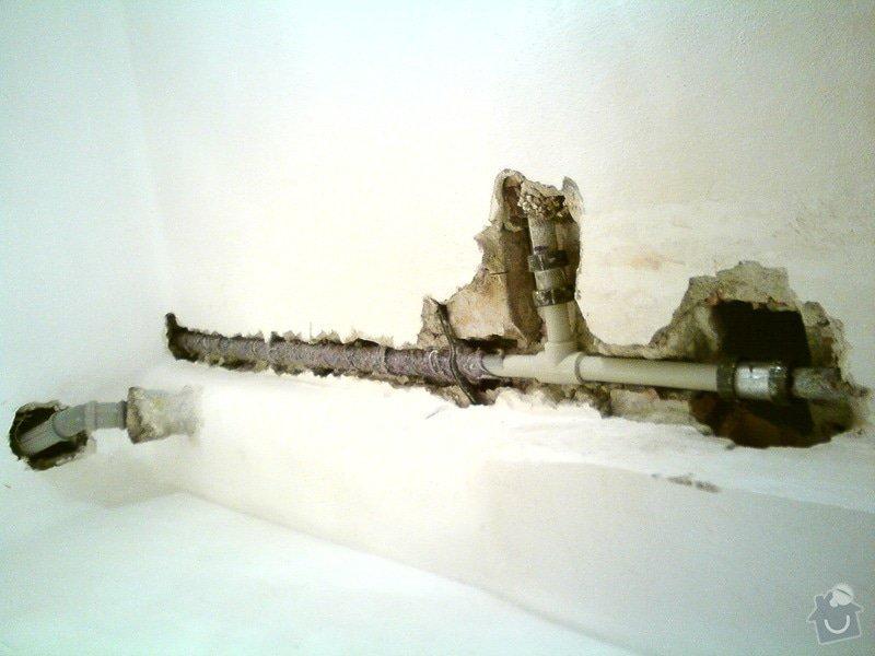 Oprava závady na stoupačce ve starém domě: DSC09682