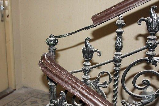 Repase zábradlí z litiny a madel ze dřeva: IMG_9309