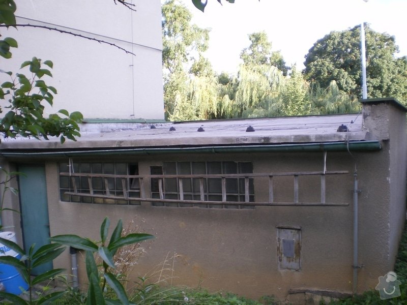 Oprava lepenkové střechy dvougaráže: 001