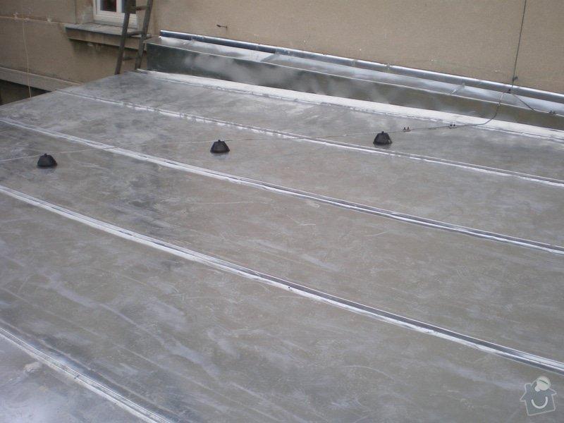 Oprava lepenkové střechy dvougaráže: 005