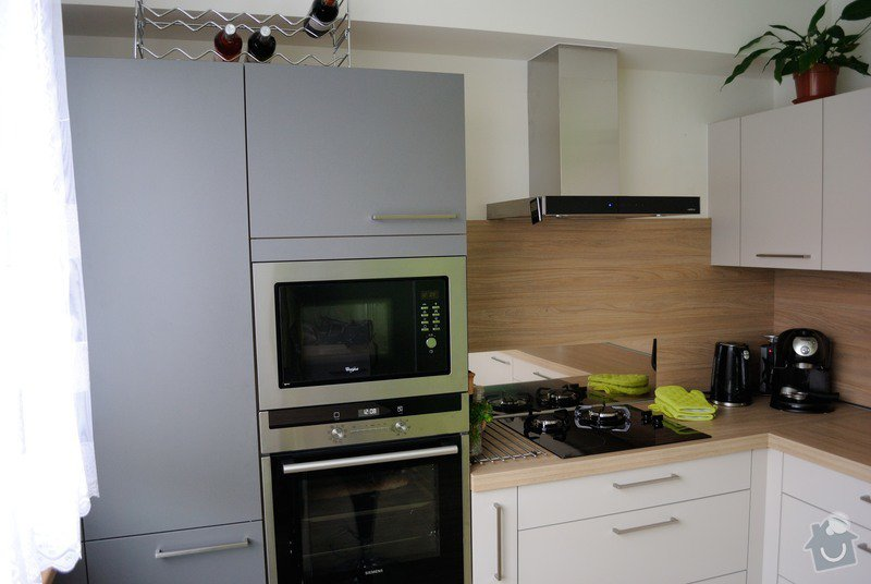 Rohová kuchyně do panelového bytu pro rodinu, Rokycany: DSC_1566