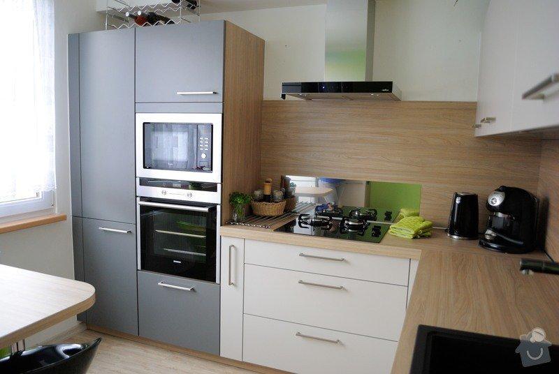 Rohová kuchyně do panelového bytu pro rodinu, Rokycany: DSC_1573