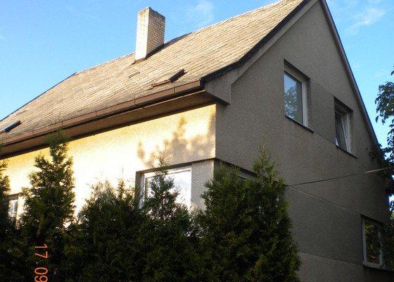 Oprava eternitové střechy, nátěr oplechování