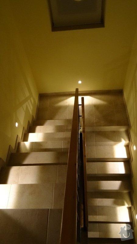 Osvětlení schodiště: DSC00985