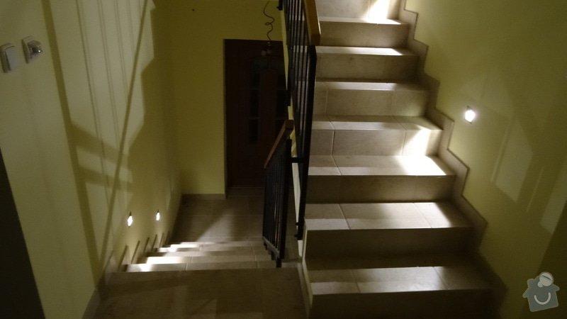 Osvětlení schodiště: DSC00986