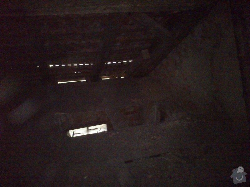 TESAŘ: Rekonstrukce jižního štítu sedlové střechy: DSC_2083