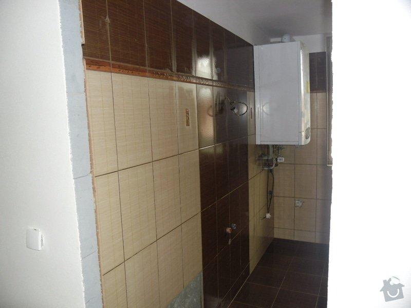 Dlažby, obklady v koupělně, WC a na chodbě + omítky v garáži: obklad-a-dlazba-v-koupelne-wc-a-kuchyni_144