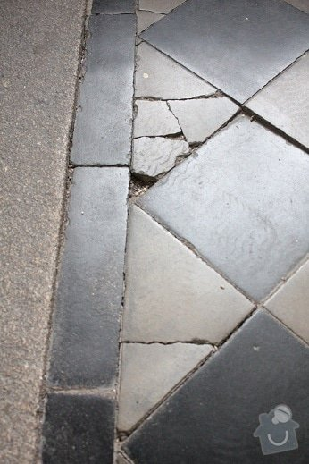 Výměna dlažby v činžovním domě na Praze 1: IMG_9271