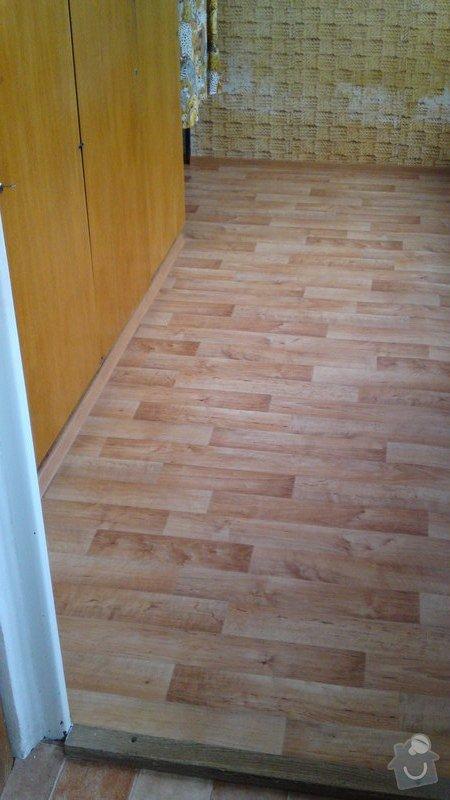 Položení lina místo koberce do jednoho pokoje s vestavěným nábytkem: 27092013416