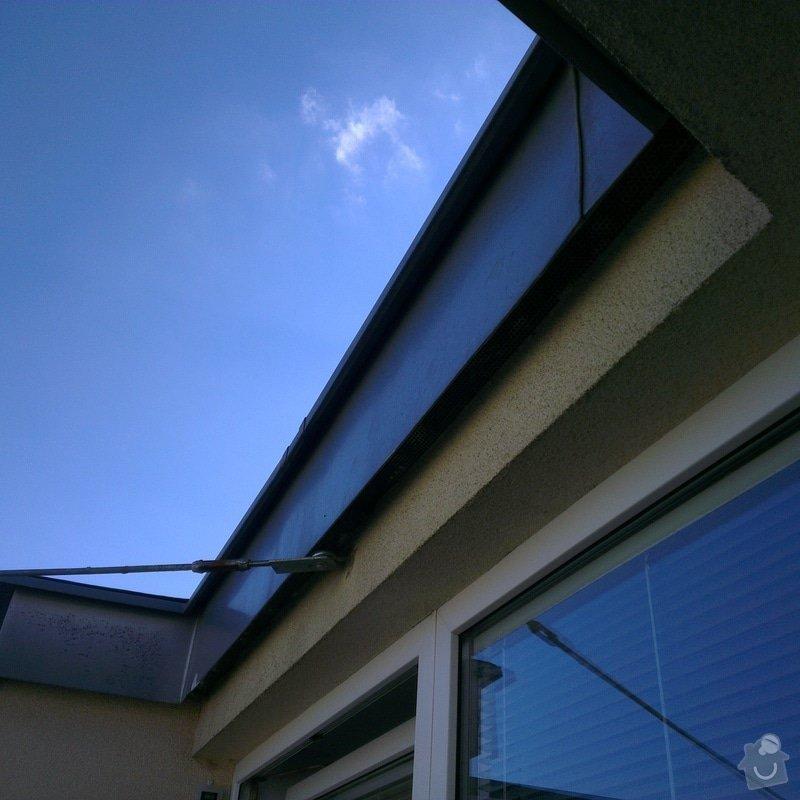 Klempířské práce - prodloužení oplechování nad oknem na balkoně: IMAG0527