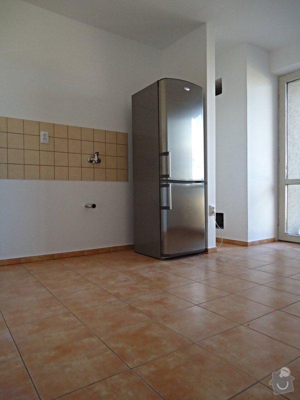Sundat lino v kuchyni, položit dlažbu 17 m2 vymalovat kuchyň: 06