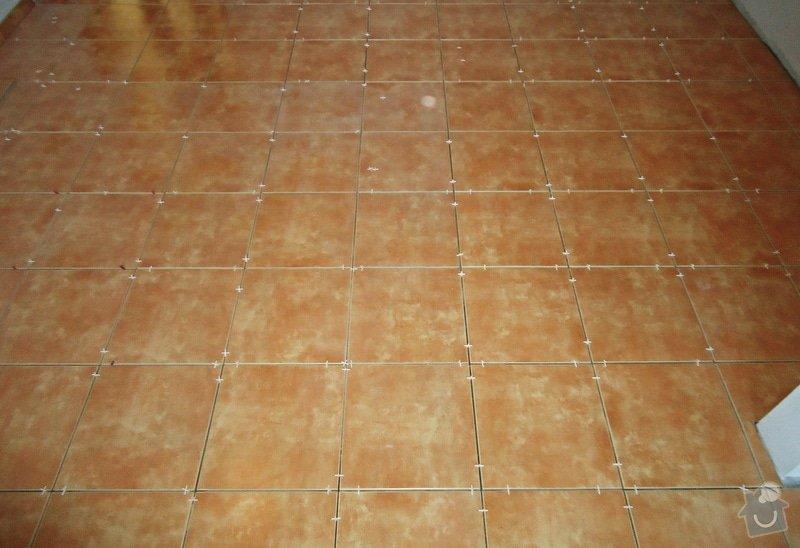 Sundat lino v kuchyni, položit dlažbu 17 m2 vymalovat kuchyň: 13