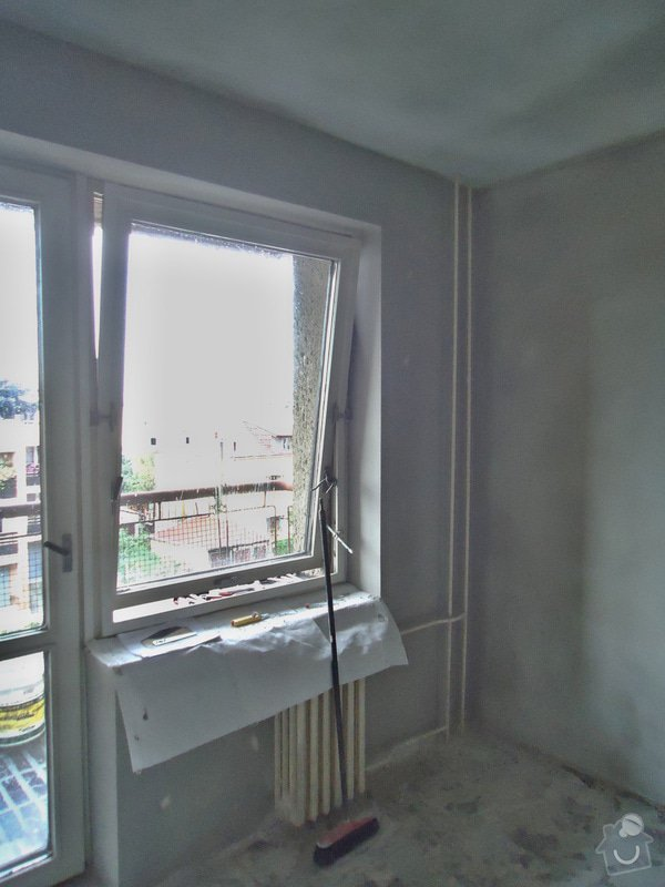 Sundat lino v kuchyni, položit dlažbu 17 m2 vymalovat kuchyň: 15