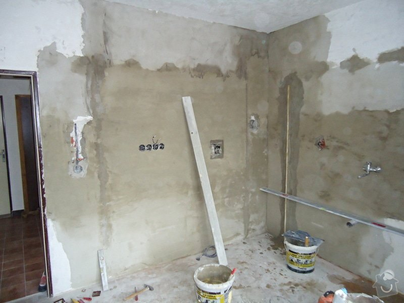 Sundat lino v kuchyni, položit dlažbu 17 m2 vymalovat kuchyň: 20
