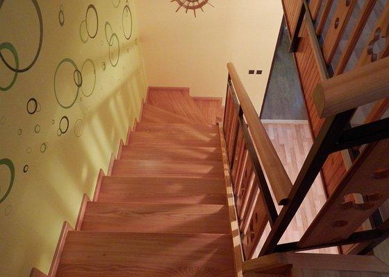 Dodávka obložení schodiště