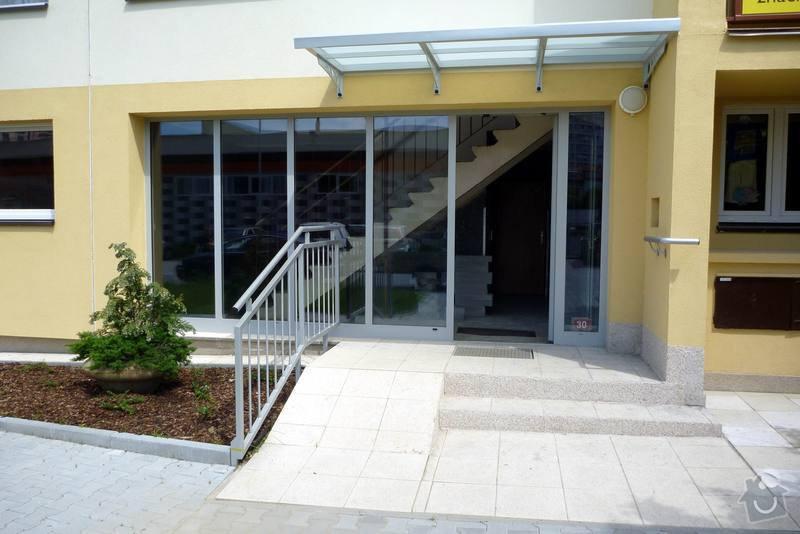 Zateplení fasády, zateplení střechy, výměna oken, hliníkové zábradlí, lodžie, vstupní portál, zasklení lodžií: 4