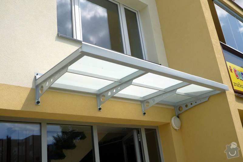 Zateplení fasády, zateplení střechy, výměna oken, hliníkové zábradlí, lodžie, vstupní portál, zasklení lodžií: 5