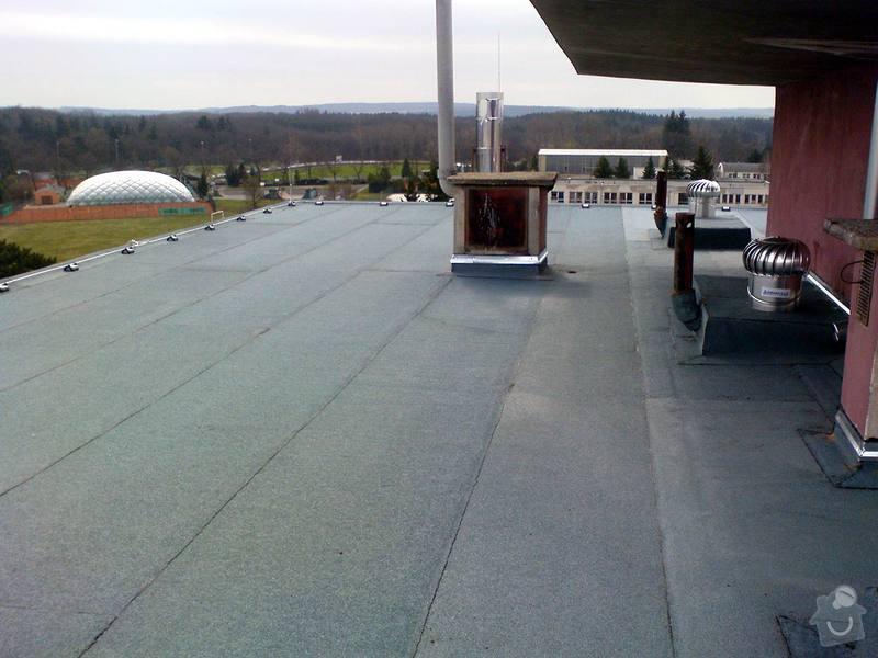 Zateplení fasády, zateplení střechy, výměna oken, hliníkové zábradlí, lodžie, vstupní portál, zasklení lodžií: 8