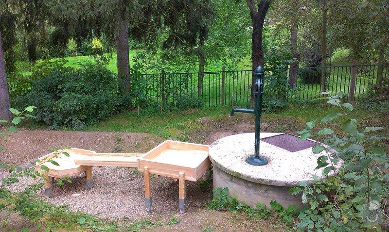 Výrobu dřevěných vodních herních prvků (korýtka): IMAG0011