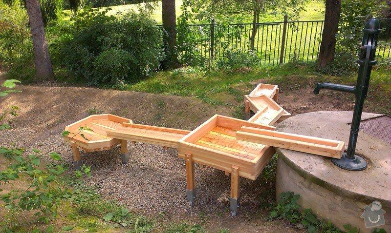 Výrobu dřevěných vodních herních prvků (korýtka): IMAG0020