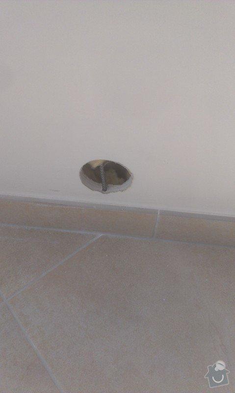 Připevnění LED televize na zeď + schování kabeláže: hodinovy_manzel_praha-2