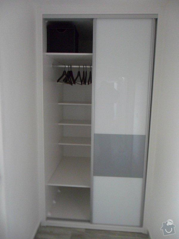 Sestava vestavěných skříní v Plzni: SAM_1664