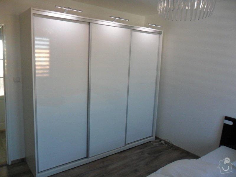 Sestava vestavěných skříní v Plzni: SAM_1667