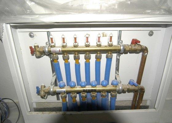 Automatizace podlahového topení - termostat
