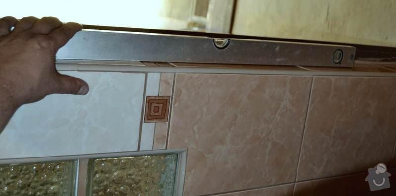 Rekonstrukce koupelny a wc: 15-nerovnomerne_polozene_obklady_v_koupelne.Autor_Roman_Berka